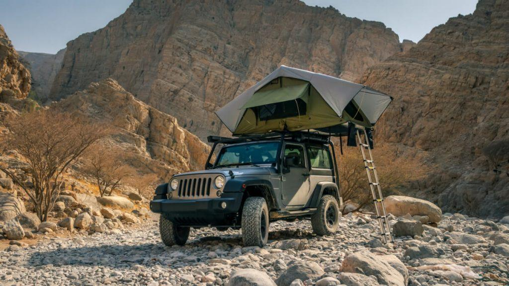 Jeep roof tent