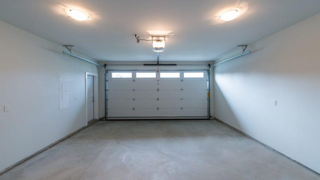 Garage with lighting system
